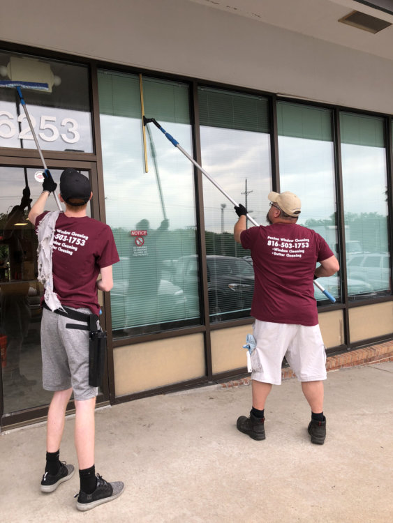 commercial window cleaning paxton 1